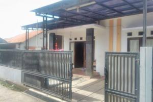 Rumah Secondari di Raden Saleh sukmajaya Depok