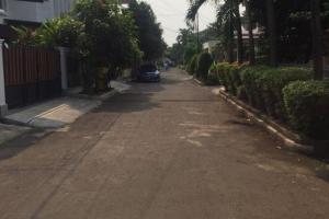 Rumah 2 Lantai, Nyaman & Tenang di Komplek Jati Indah, Pangkalan Jati