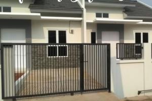 Rumah Baru 3 Kavling Jual Cepat