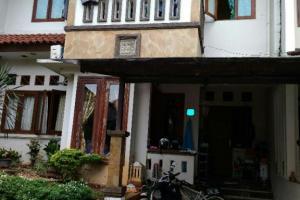 Rumah Bagus di Bali View Cirendeu