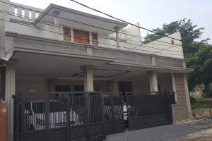 Rumah Baru Renovasi, Furnished, Dibawah Harga Pasar, PERMATA PAMULANG