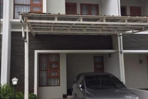 Rumah Cantik dan Terawat Full Furnish di Cimanggis Depok