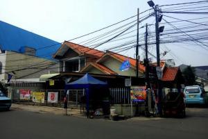Rumah Second Strategis Pinggir Jalan Rawamangun Jakarta Timur