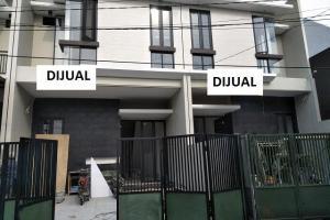 Rumah Baru Pandugo dekat Raya MERR Siap Huni