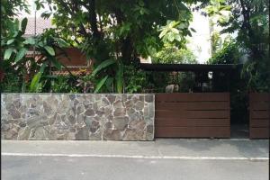 Rumah Second Asri dan Nyaman di Cipete Jakarta Selatan