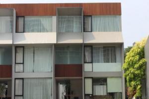 Rumah Mewah dan Nyaman Disewakan di Kemang Jakarta Selatan
