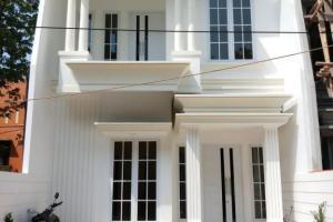 Rumah 2 Lantai dijual Bisa Untuk Kantor Lenteng Agung Jaksel