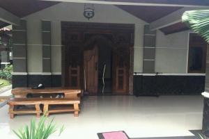 Rumah Second Dijual Mewah dan Nyaman di Cibubur Jakarta Timur
