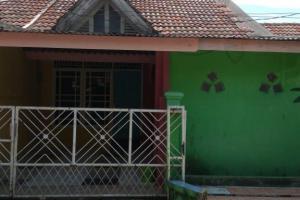 Rumah 2 lantai, SHM, bebas banjir di Pura Arista, Tajurhalang, Bogor