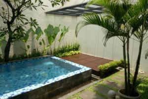 Rumah Baru Dijual Mewah dan Nyaman di Pondok Indah Jaksel