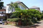 Rumah Second 2 LT Dijual Mewah dan Nyaman di Pancoran Mas Depok