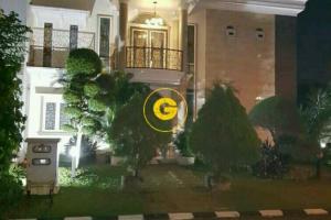 Rumah 2 LT Nyaman Disewakan Full Furnished di Citra Gran Cibubur