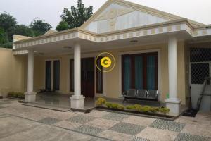 Rumah Second Dijual Luas dan Nyaman di Jatijajar Tapos Depok