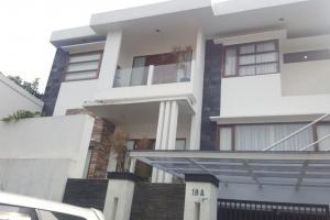 Rumah Mewah, Nyaman dan Strategis Dijual di Bintaro Sektor 9 Tangsel