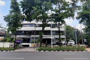 Sewa Kantor Kondisi Partisi, Luas 220m2 di Melawai  Raya Jakarta Selatan